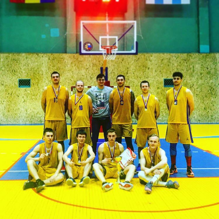 В Таганроге прошел городской турнир по баскетболу памяти Ю.Н. Черкасова