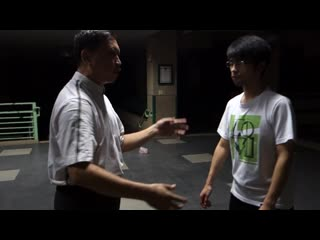 Yang style taijiquan crotch waist and spine three Jin together guide the use of analytical method of two