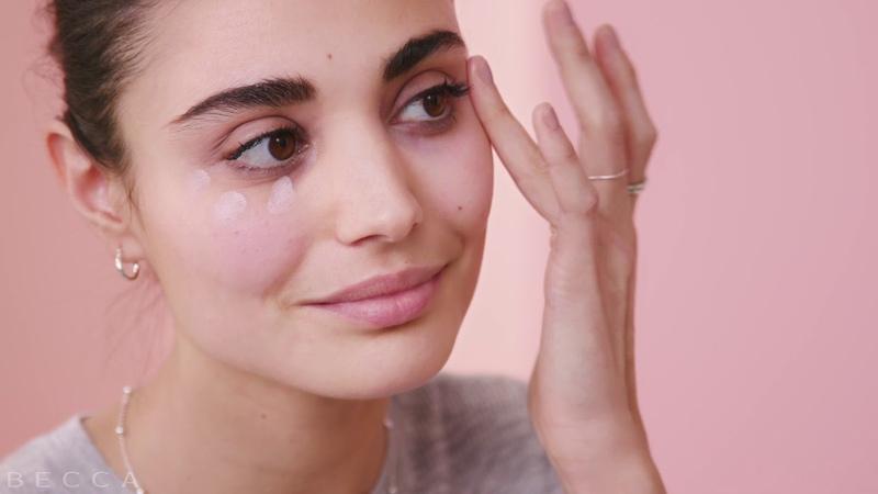 How to Erase Dark Under Eye Circles with BECCA's Under Eye Brightening Corrector
