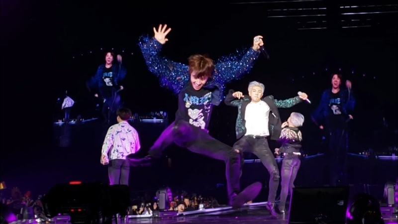 190323 Medley (Hoseoks Baepsae splits) @ 방탄소년단 BTS Love Yourself in Hong Kong HK 2019 Day 3 防彈少年團香港