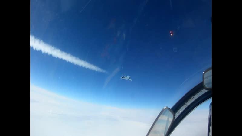 Летчики истребительной авиации ЮВО совершенствуют навыки пилотирования в горах Кавказа