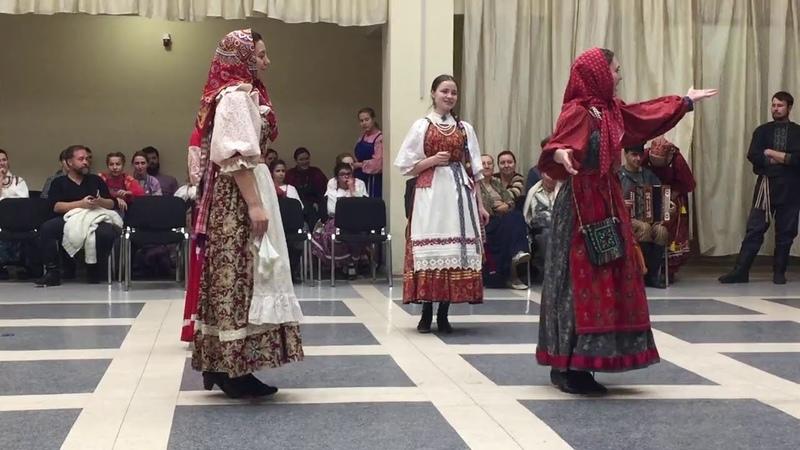 Кадрильный круг. Сольная пляска девушек. г. Новосибисрк. Ноябрь 2016.