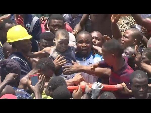 Под обломками школы в Нигерии погребены более 100 человек…