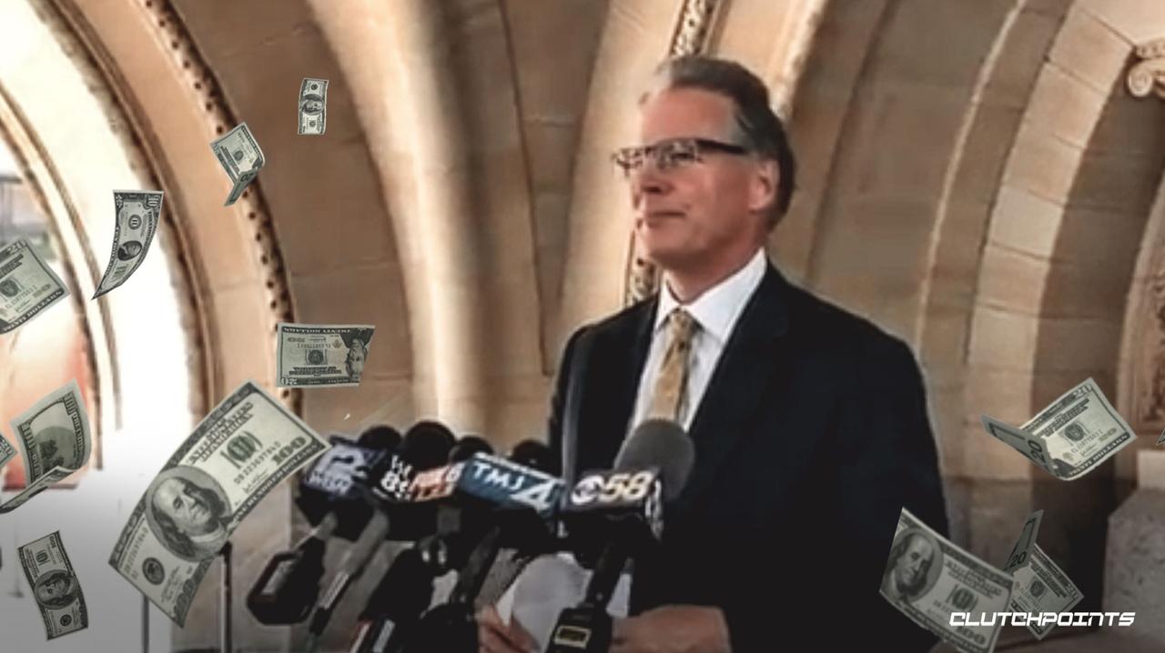 Город Милуоки предложил Стерлингу Брауну отозвать иск против сотрудников полиции за 400 тысяч долларов