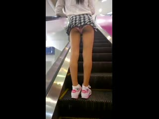 19 лет японка.  asian teen korean japanese tits young молодые азиатки узбечка японка кореянка сиськи попка подглядывание