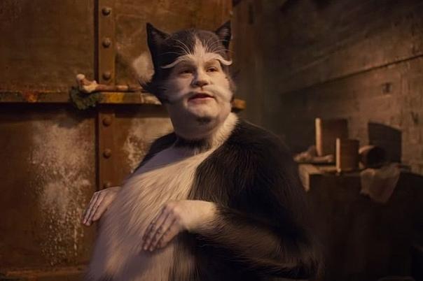 Джеймс Корден еще не видел «Кошек», но слышал, что они получились ужасными