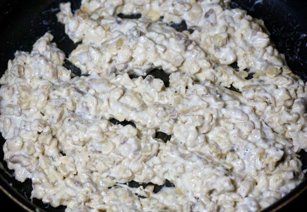 Шампиньоны с курицей и сыром. Вкуснейшее блюдо из грибочков!