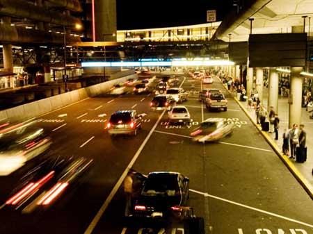 Человек может нуждаться в сосредоточенном или избирательном внимании, путешествуя по оживленной улице