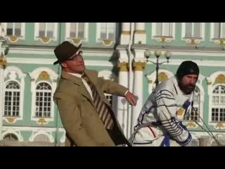 Жестокая драка линдеманна со шведским актером петером стормаре