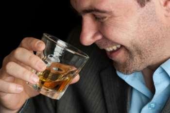Лечение алкоголизма необходимо.