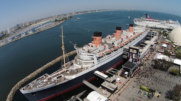 MS QUEEN MARY MS Queen Mary - трансатлантический пассажирский лайнер, спущенный на воду в 1934 году. В 1968-м, после переоборудования, Королева Мэри стала Морским музеем в бухте