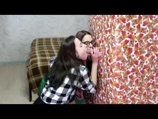 Valentines day surprise¡ gf shared his gift with a fri