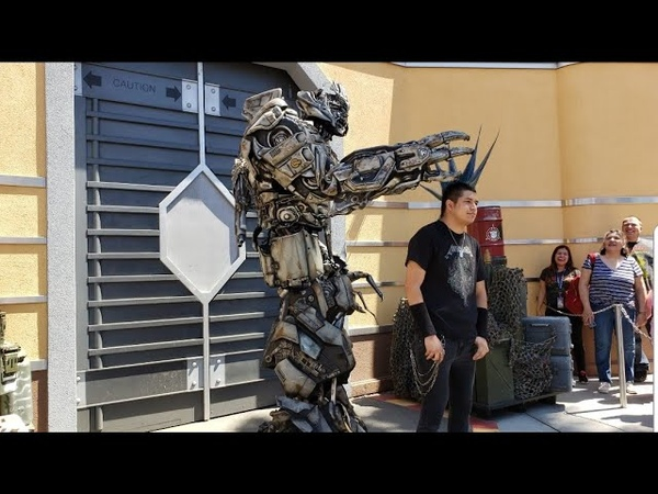 Megatron has a beastly TANTRUM, LOVES Sonic's hair gets a Captain Marvel THREAT! Universal Studios