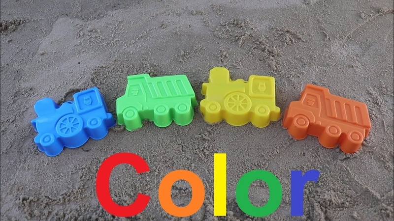 Learn color with children in English green blue yellow orange
