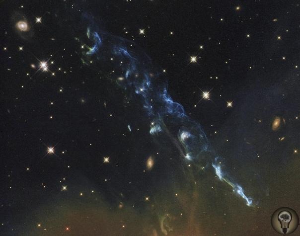 5 фактов о теориях развития Вселенной, инфляционной модели и гравитационных волнах Наша Вселенная сегодня теплая, её средняя температура примерно 2,7 К (-272 °C), не очень большая, но и не