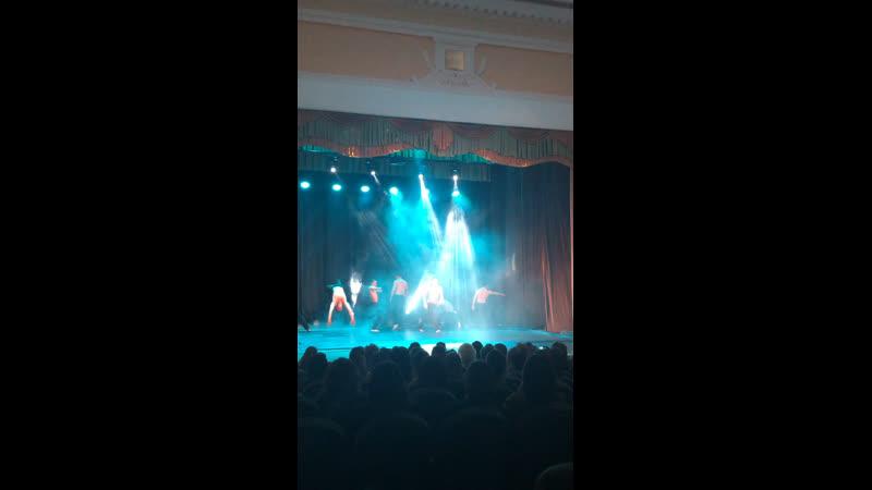 Шоу под дождем «Между мной и тобой» 👏🕺🔥💦