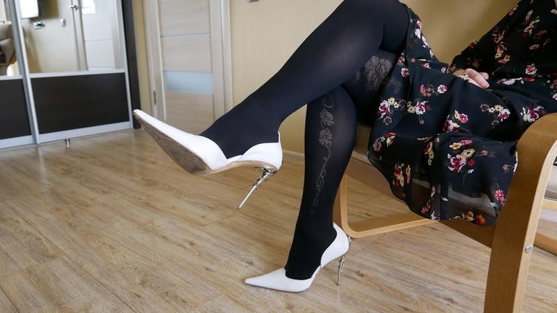 Pointed toe steel snake high heels Gianmarco Lorenzi white pumps Size EU 39 US 8,5