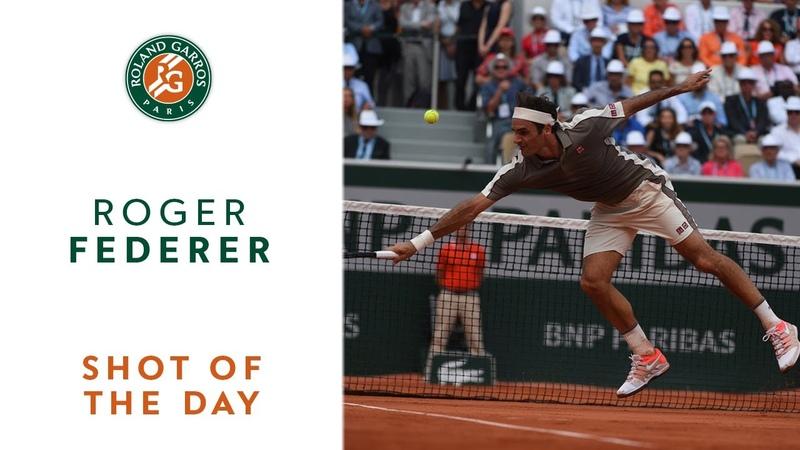 Shot of the Day 9 - Roger Federer | Roland-Garros 2019