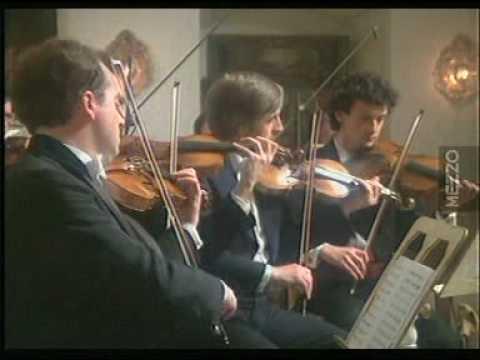 Gidon Kremer - Vivaldis Four Seasons - Spring (I. Allegro)