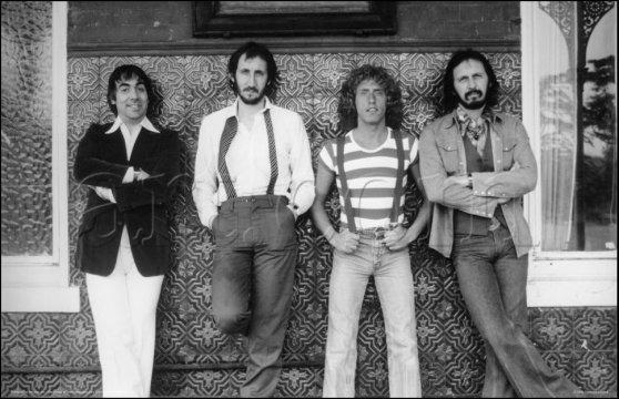 THE WHO - BEHIND BLUE EYES ehind Blue Eyes песня британской рок-группы The Who. Вышла в ноябре 1971 года, как второй сингл с их пятого альбома Whos Next и была изначально написана Питом