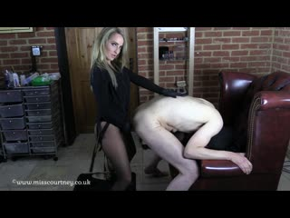 Mistress courtneys fetish lair suck and fuck for mistress femdom strapon