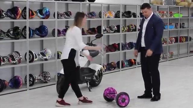 Посмотрите это видео на Rutube: «Электроскутер, GT, 2 местный, 20 Дюймов колесо, 30 - 50 км в час, 2019»