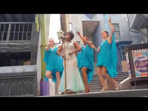 Концерт Селестины Уорлок Волшебный мир Гарри Поттера парк Universal Studios Орландо