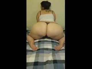 B.q compilation big ass butts booty tits boobs bbw pawg curvy mature milf