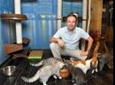 Миски BEDFOR в Театре кошек Куклачёва