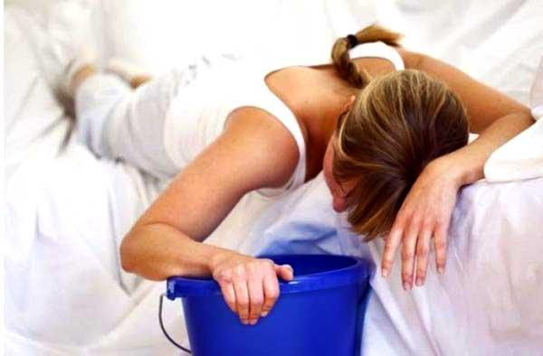 Ротавирус у взрослых: симптомы, лечение и профилактика