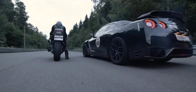GT-R vs Kawasaki ZX10R (Louis Pasteur - Lots of Money)