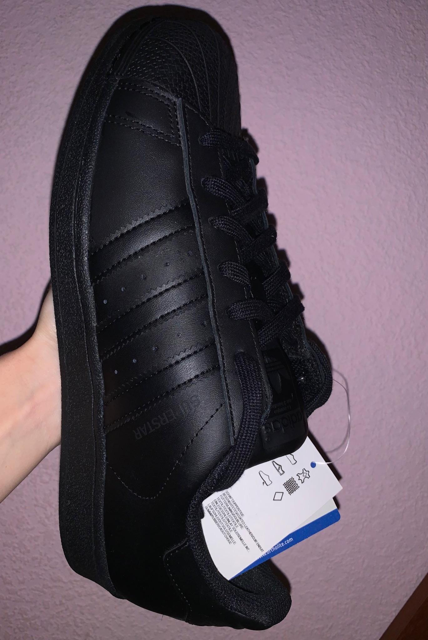Купить совершенно новые кроссовки Adidas | Объявления Орска и Новотроицка №2562