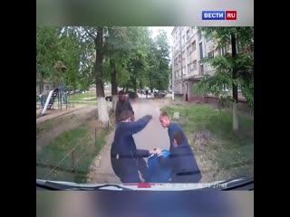 Момент нападения на врачей скорой помощи в чувашии попал на видео