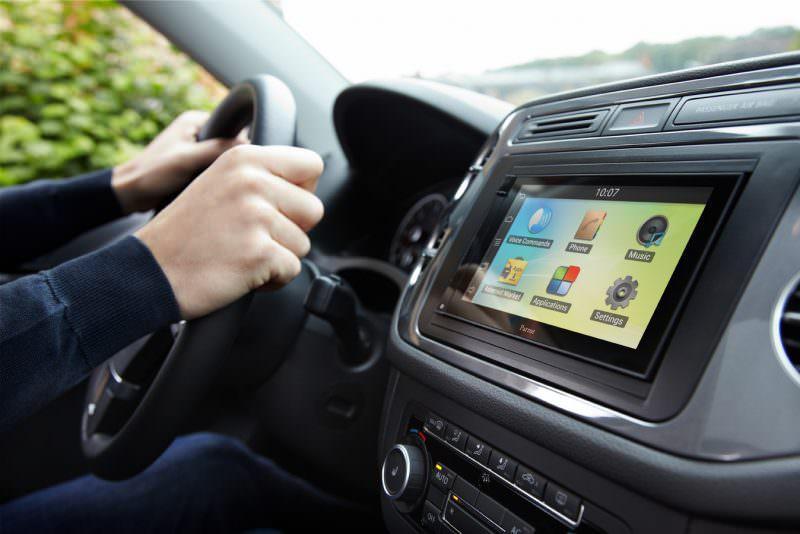 Защитная плёнка на экран в машине