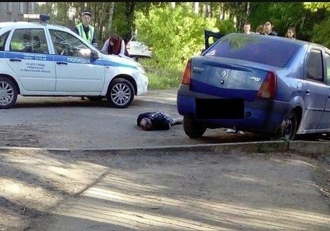 На Липовой горе у детского сада пьяный водитель врезался в бордюр