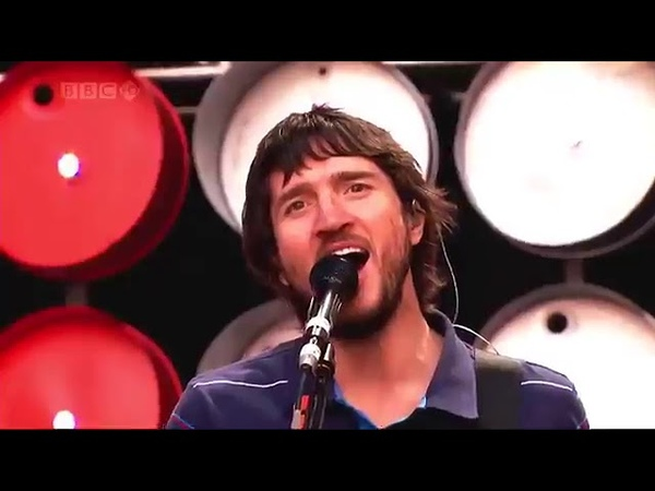 Red Hot Chili Peppers - Cant Stop LIVE Wembley Stadium 2007 [HD]