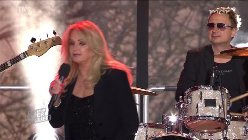 Bonnie Tyler - Hit-medley (Das große MDR-Osterfeuer 2019 - 2019-04-20)