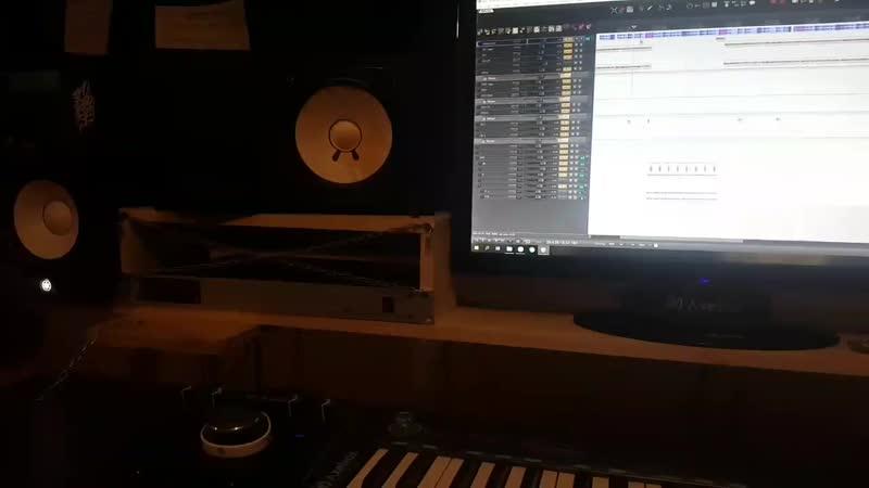 Recording Technology - сведение трека в стиле HIP-HOP