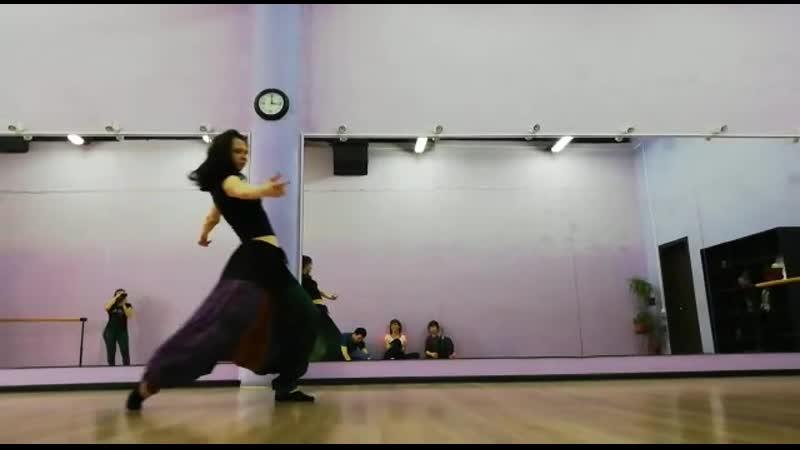 2 е зачётное занятие у Жени Барменковой на курсе Открыть свой танец