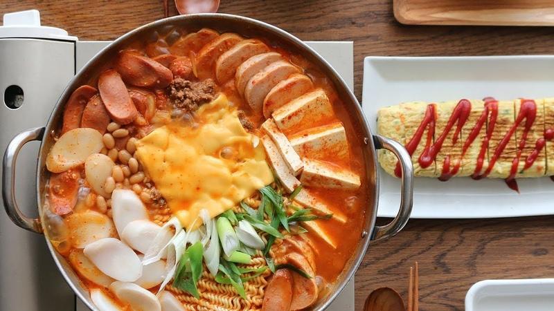 [ENG CC] 행복이 보글보글, 부대찌개 : Korean Sausage Stew l Army base stew l Budae-Jjigae [아내의 식탁]