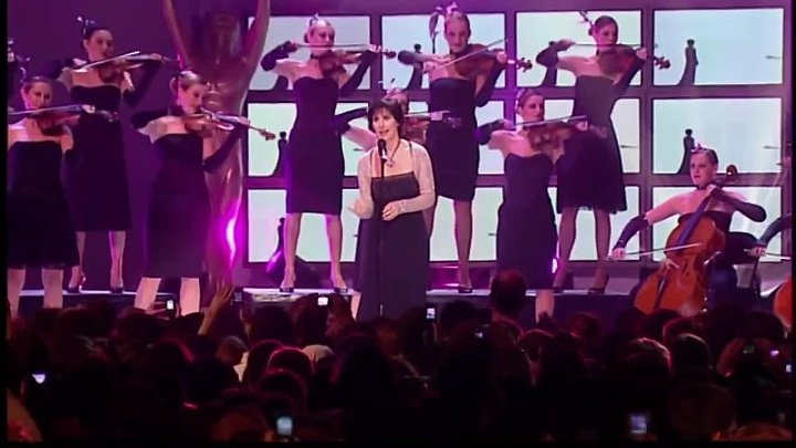 Enya - Its in the rain live at World Music Awards 2006