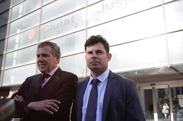 Вопреки желанию Хулио Иглесиаса суд признал его биологическим отцом испанца Хавьера Санчеса