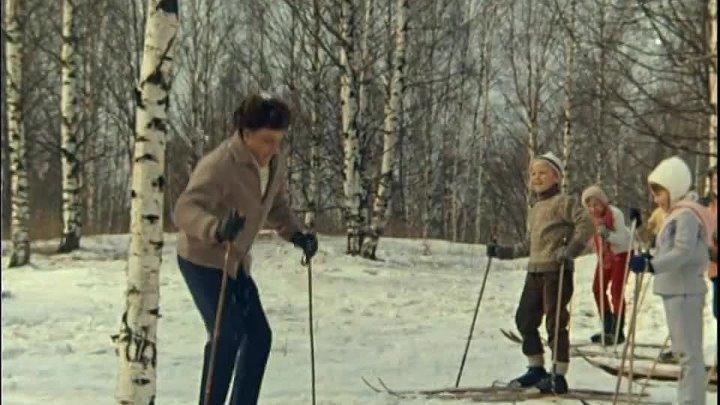Ход белой королевы 1971 мелодрама спортивный