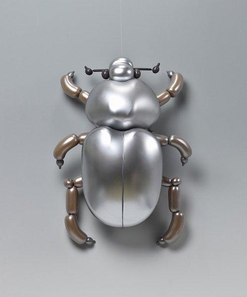 Замысловатые скульптуры животных из воздушных шаров