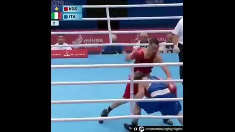Итальянский бокс р работает в стиле Роя ...ке. 69 кг (360p).mp4