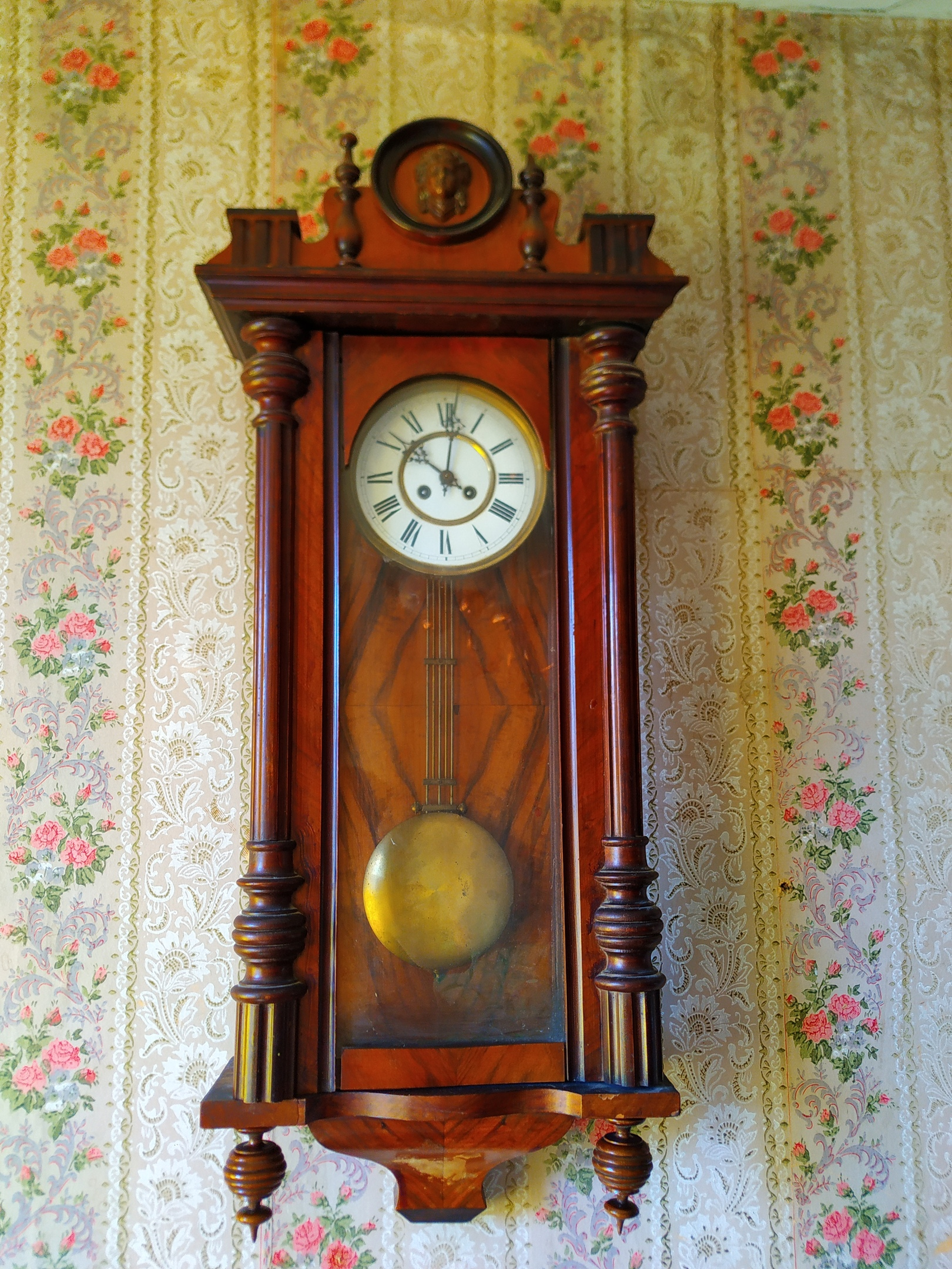 продают уже старые часы с боем фото заказ динской