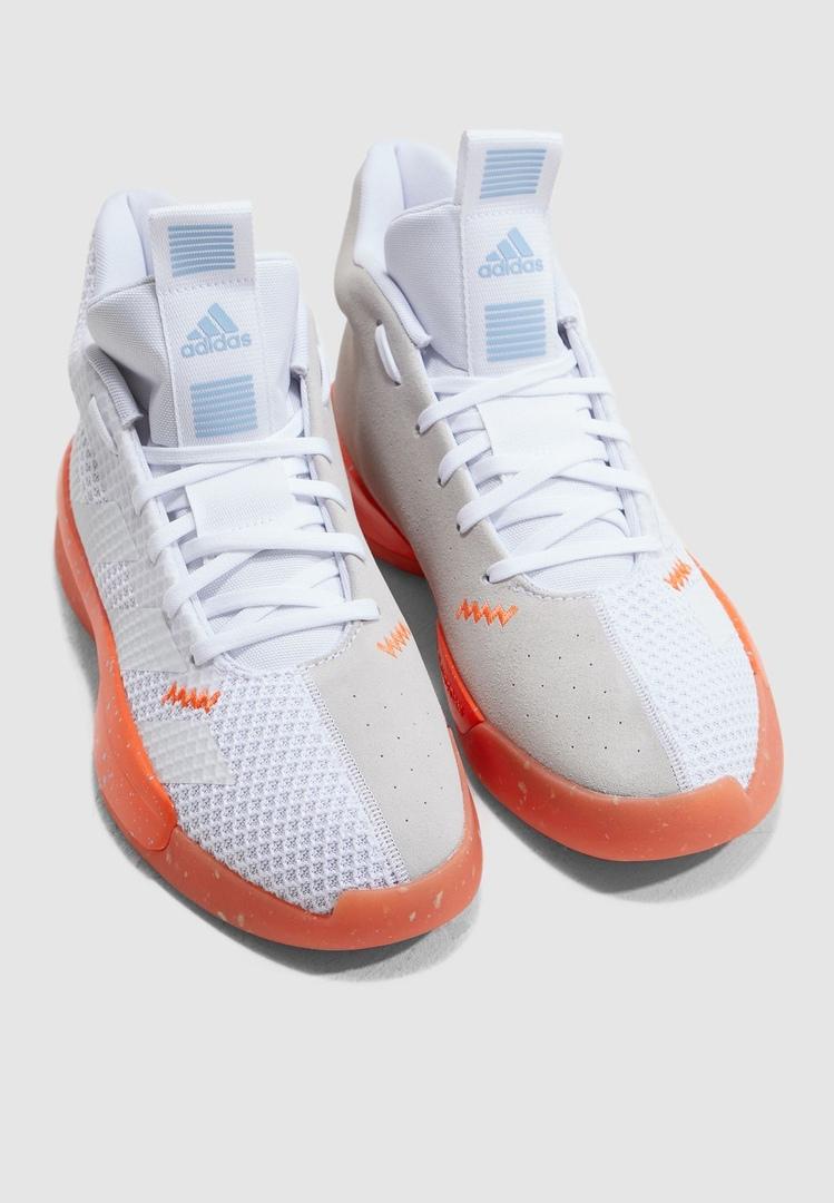 Adidas представил новую бюджетную модель кроссовок
