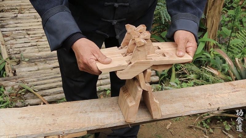 农村大爷打造传说中的第七代鲁班凳,成品的那一刻燃爆了,好厉害