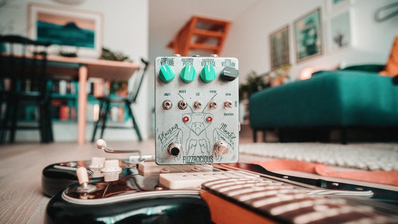 Fuzzrocious Pedals Playing Mantis Organic drive and wild oscillation