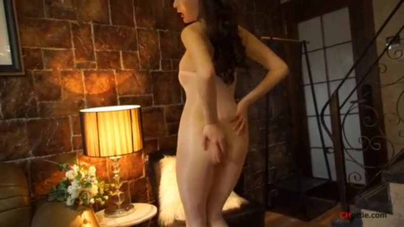 National model Zhou Yanxi (bottle fat round) large-scale temptation video